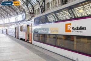 Casi no quedan plazas de tren para viajar de Vigo a Madrid o Barcelona en Semana Santa
