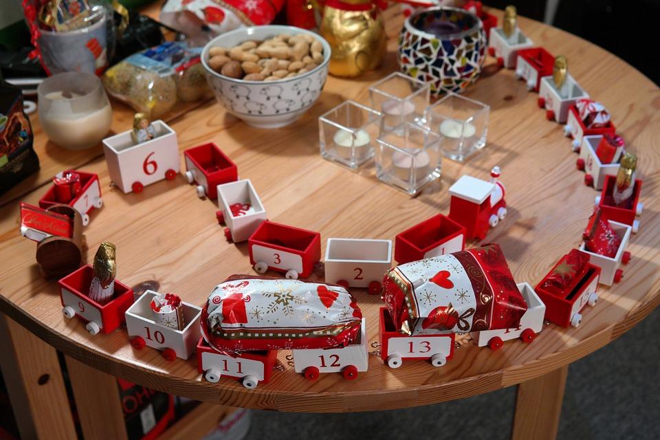 Más trenes y más promociones para descubrir el AVE estas Navidades 2015 -2016