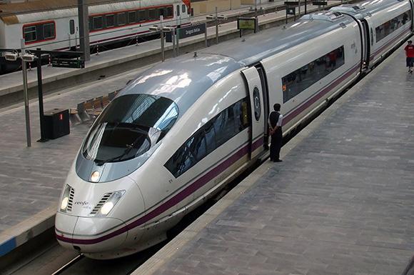 Las empresas españolas invertirán casi un 4% más en viajes