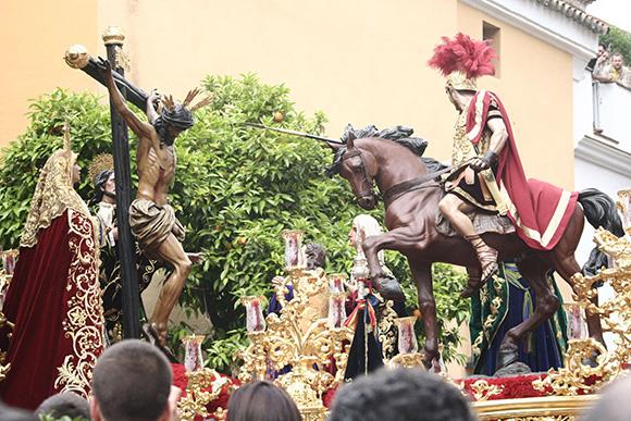 Disfruta de Semana Santa viajando en AVE a Andalucía