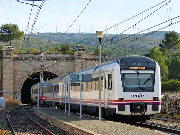 Los trenes Talgo llenos por vacaciones