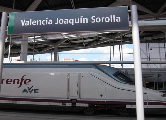 Prepara un viaje barato en AVE a Valencia