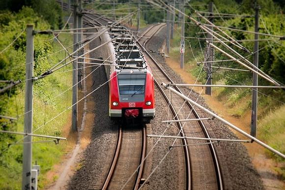 Aumenta la venta de los billetes AVE Málaga y se refuerzan los servicios de trenes