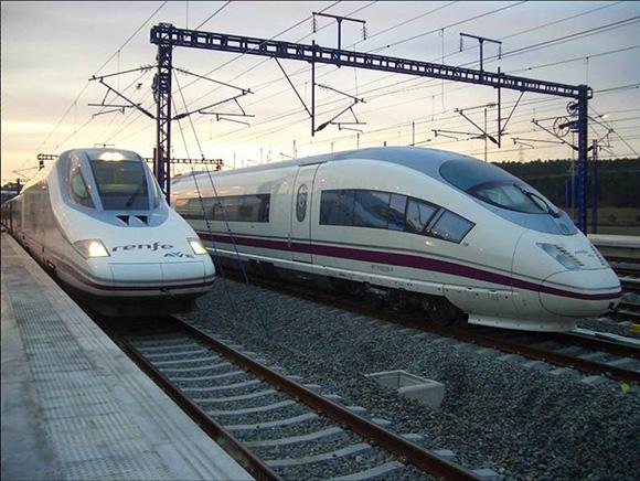 Los trenes AVE entre Madrid y Málaga cumplen 9 años