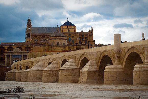 Aprovecha noviembre para conocer Córdoba con un viaje en AVE