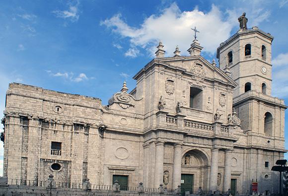Descubre Valladolid comprando billetes baratos de trenes AVE