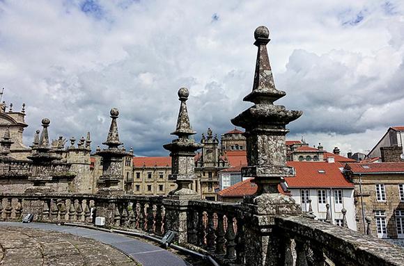 Viaja en tren a conocer los imprescindibles de La Coruña
