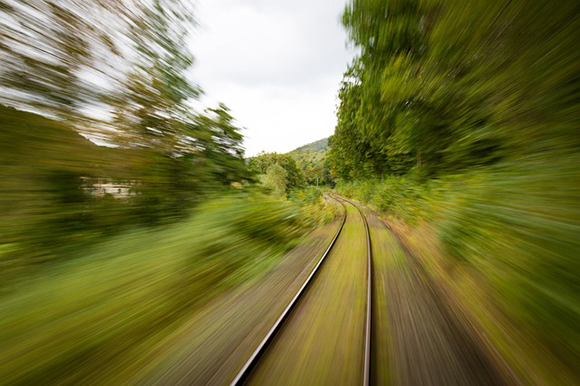 Numerosas ofertas para viajar en trenes y trenes AVE durante la campaña de verano 2017