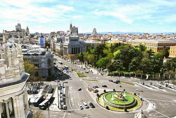 Septiembre 2017, el momento ideal para comprar unos billetes baratos para trenes AVE y descubrir Madrid