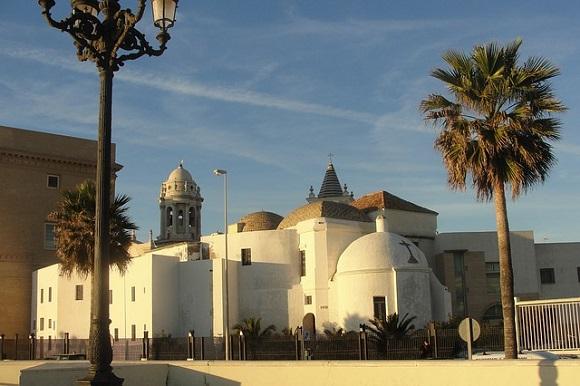 Crece la venta de billetes de trenes Madrid Cádiz en el verano 2017