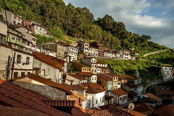 En diciembre 2017 viaja en trenes baratos a Asturias