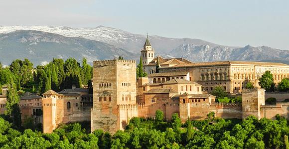 Compra unos billetes baratos de tren y visita la Alhambra en enero 2018
