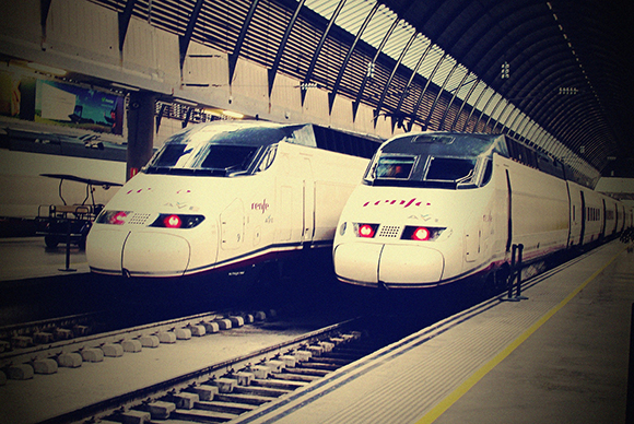 ¿Cómo se llama la estación de trenes AVE de Córdoba?