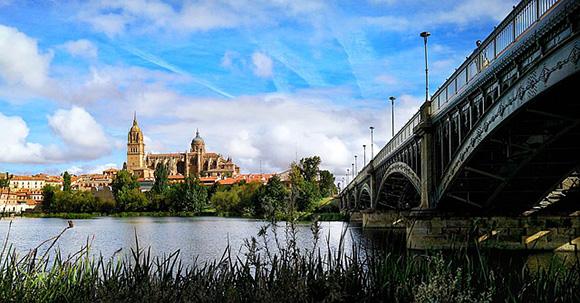 Billetes de tren baratos para viajar a Salamanca en mayo 2018