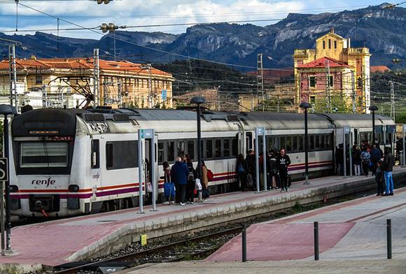 Mayo 2018: comienzan las obras en la estación de tren de Tardienta