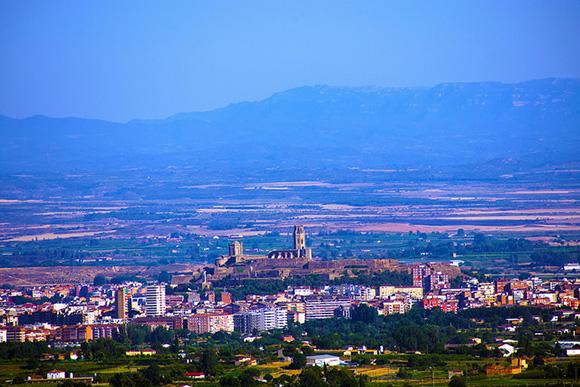 Este julio 2018 viaja en trenes AVE baratos a Lleida