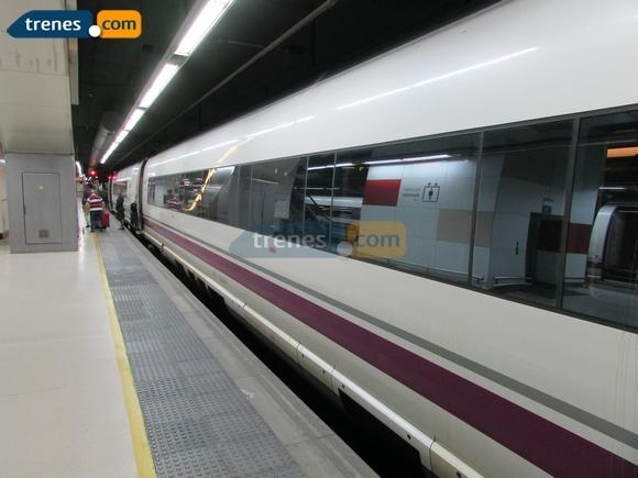 Disfruta de Jaén este otoño viajando en tren