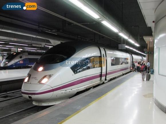 Disfruta de una escapada en tren al Museo Guggenheim de Bilbao