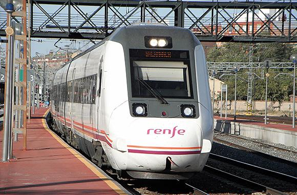 Salamanca se promociona en Fitur como nuevo destino AVE
