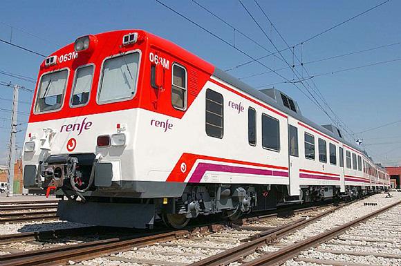 Disfruta de Semana Santa viajando en tren por España