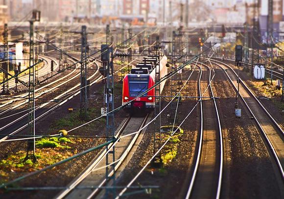 Esta primavera descubre Gijón viajando en tren