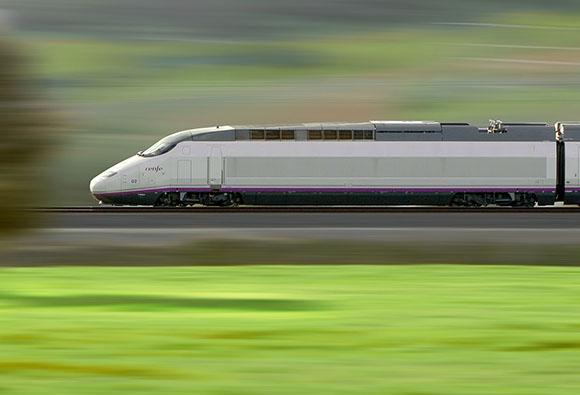 Los trenes AVE empiezan el 2016 con un crecimiento del 10,8%