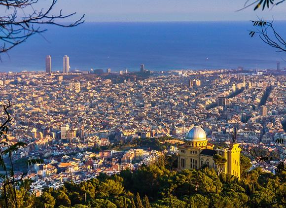 Disfruta de estos planes viajando en AVE a Barcelona
