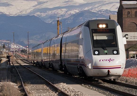Orihuela contará con una parada para los trenes AVE