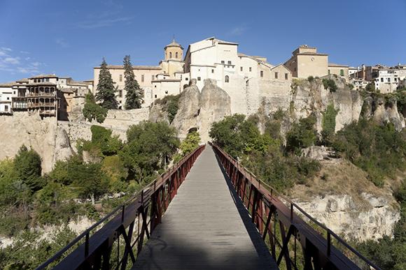 Disfruta de un viaje en AVE a Cuenca este verano
