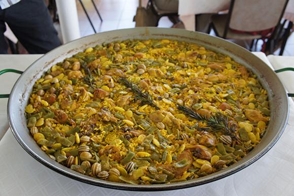 Disfruta de la gastronomía de Alicante haciendo un viaje barato en AVE