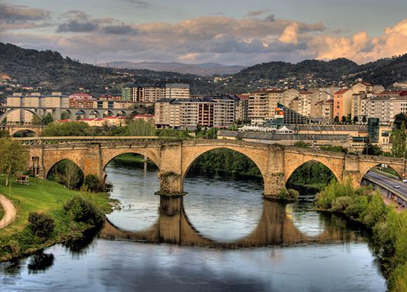 Conoce Ourense comprando los billetes más baratos de tren
