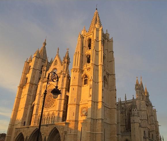 Se elevan las ventas del AVE Madrid León un 55%