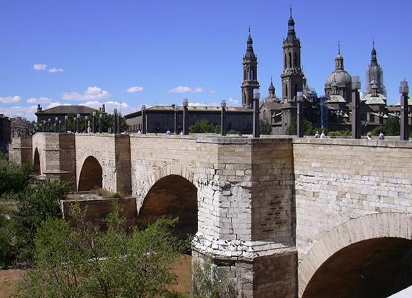 Disfruta de Zaragoza haciendo un viaje barato en AVE