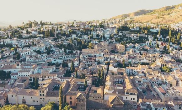 Se aumenta la venta de billetes de trenes Madrid Granada económicos