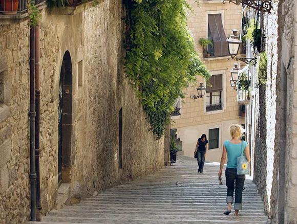 Disfruta de Girona preparando un viaje barato en trenes AVE