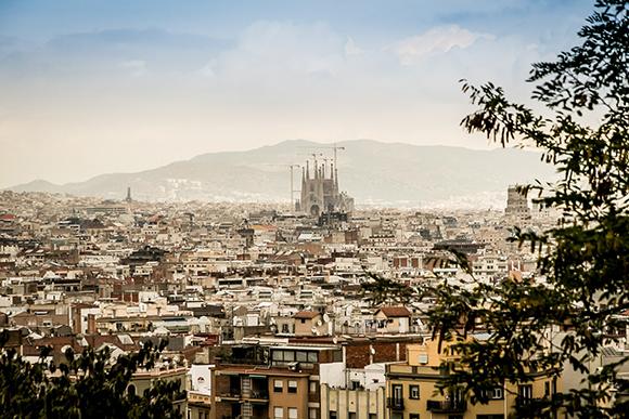 Motivos para viajar con trenes AVE a Barcelona