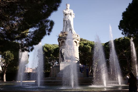 ¿Conoces Zaragoza? Compra unos billetes baratos para trenes AVE y viaja a disfrutar de sus espectaculares zonas verdes