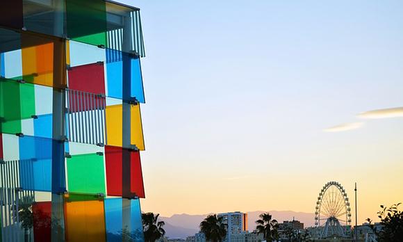 Málaga aumenta sus visitantes este verano 2017 y muchos de ellos viajan con trenes AVE