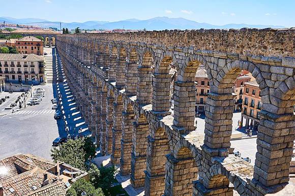 Billetes baratos de tren para viajar a Segovia en noviembre 2017