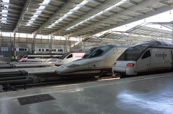 Los trenes AVE Málaga Madrid los más reforzados para el puente de diciembre 2017