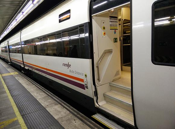 Los trenes de Media Distancia ya han estrenado la variante de Láncara