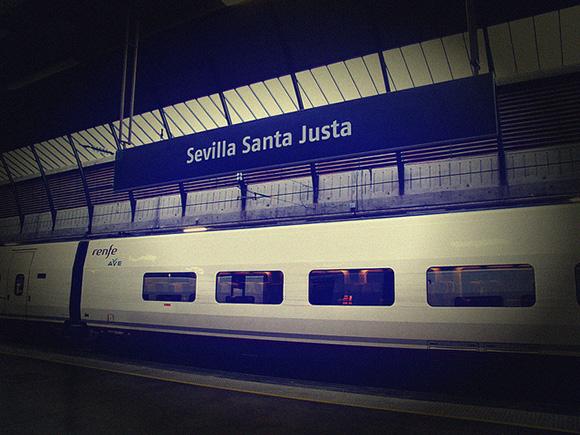 Billetes de trenes AVE extra Cataluña-Andalucía en verano 2018