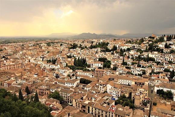 Termina agosto 2018 viajando en tren a Granada y alrededores