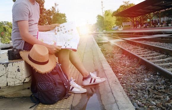 Viajar en tren a Castellón. Turismo de interior y mucho más.