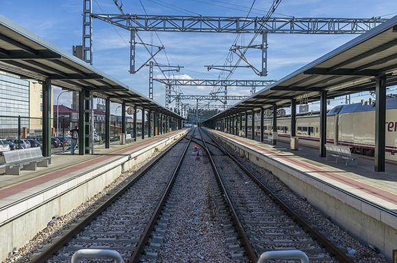 En agosto 2018 algunos trenes AVE patrocinaron Huelva