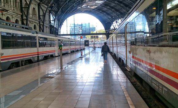 Los trenes Mora La Nova Caspe reanudan su servicio