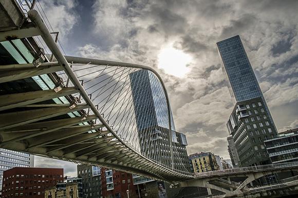 Billetes de tren baratos a Bilbao este otoño 2018