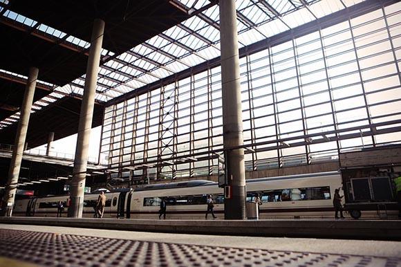 Viajar en trenes AVE por España en 2019