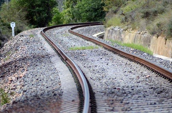 Obras en los puentes de la línea de trenes Soria Torralba 2019