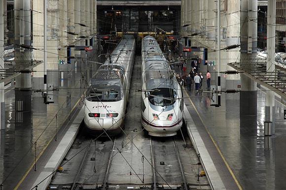La utilización de los trenes AVE en España hasta 2019